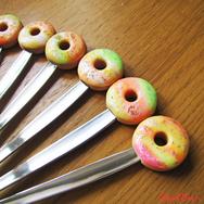 """Купить Вкусную ложку для мороженого """"Закат"""" с пончиком из полимерной глины в интернет-магазине Sweetsee.ru"""